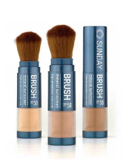 Sunday Brush 3 brushes open